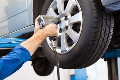 wheel balancing, tracking and puncture repairs in Trimdon